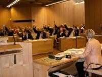 Eine Ratssitzung im Rathaus von Bielefeld bei der Abstimmung